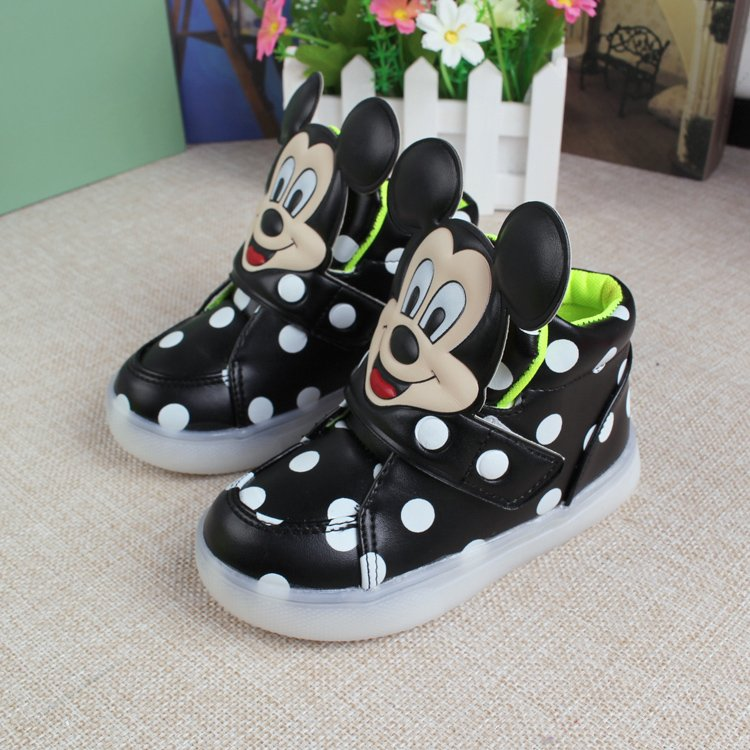 2017-European-fashion-cute-LED-lighting-children-shoes-hot-sales-Lovely-kids-sneakers-high-quality-cool-boy-girls-boots-eu-21-30-2