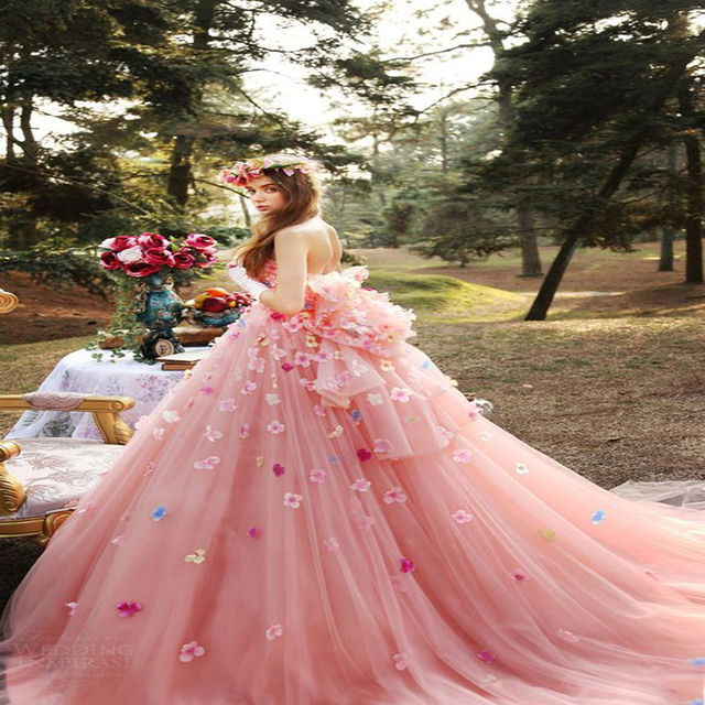 32dcdbc3d Nueva Moda Vestidos de Quinceañera 2017 Fuera del Hombro Flores Arco Sin  Tirantes Dulce 16 Vestidos. Sitúa el cursor encima para ...