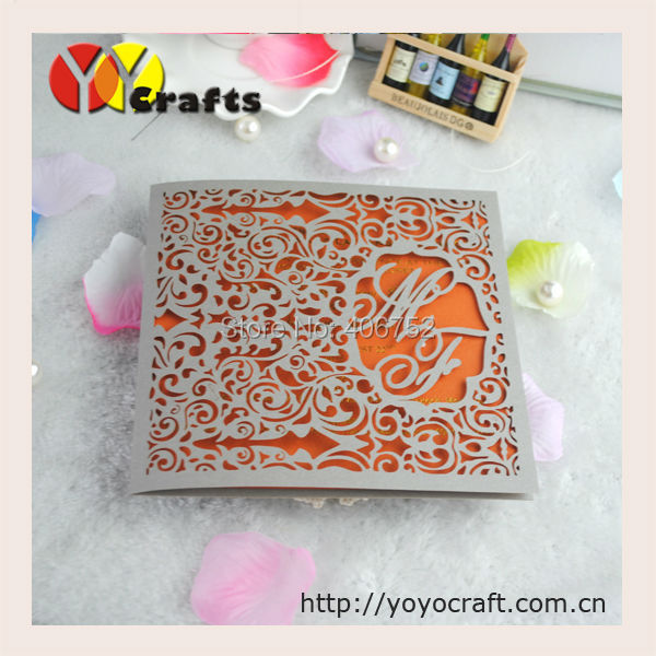 Vintage Lace Design Folded Wedding Invitation Cards 50sets/lot Laser Cut  Invitation Cards With Free