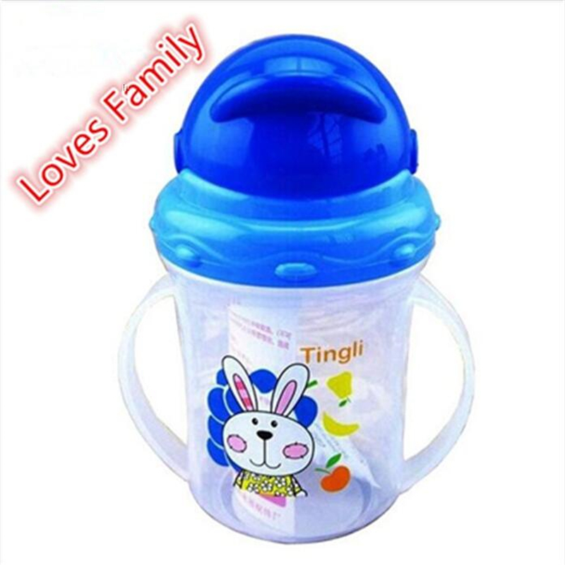 1 stk Cartoon Baby Kids PP Plast Straw Cup Med Håndtak Drikkevannflaske Sippy Cups Barn Feeding Bottle SGS