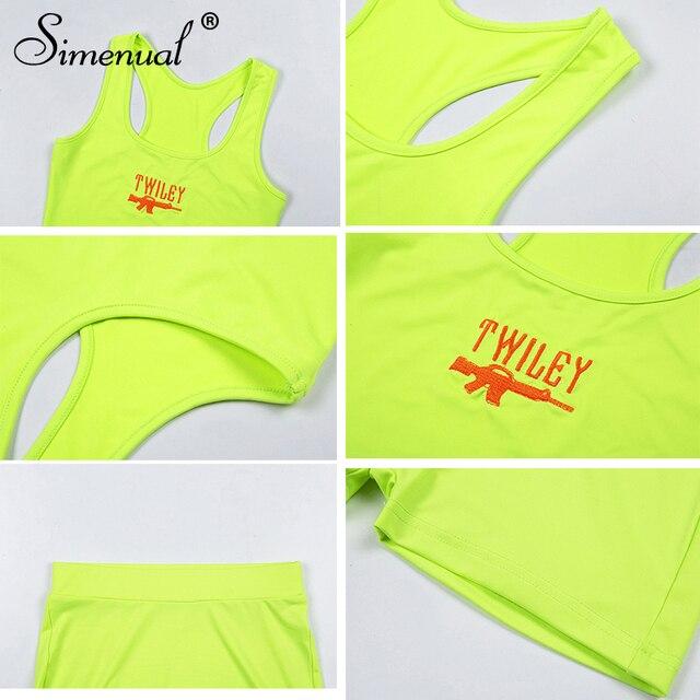 Simenual Lettera Del Ricamo 2 Piece Set Donne Casual Al Neon di Colore Tute di Estate Streetwear Crop Top E Shorts Set Modo Caldo 6
