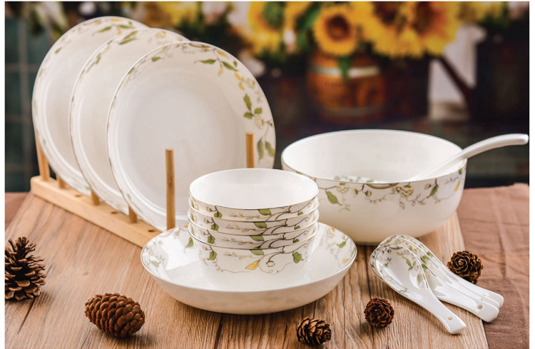 14 piece set fine bone china food container leaf painting ceramic dinner set porcelain talher dishes best lunch container-in Dinnerware Sets from Home ... & 14 piece set fine bone china food container leaf painting ceramic ...