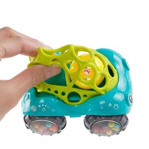 Image 4 - Mini Baby Car Doll zabawka do kołyski Grip Hand Catch Ball dla noworodka zabawka samochód inercyjne slajdów z kolorowa piłka Anti fall zabawka dla dzieci
