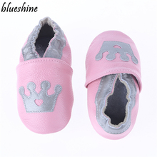 Прекрасные стили короны Пояса из натуральной кожи ребенка Обувь для девочек Мягкая обувь детские пинетки для маленьких мальчиков первых шагов Обувь из коровьей кожи Bebe Обувь