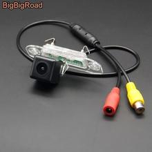 цена на BigBigRoad Car Rear View Parking CCD Camera For Volvo S60L S40L V70 XC70 XC 70 V40 C70 S40 S60 S80 V60 S80L Night Vision