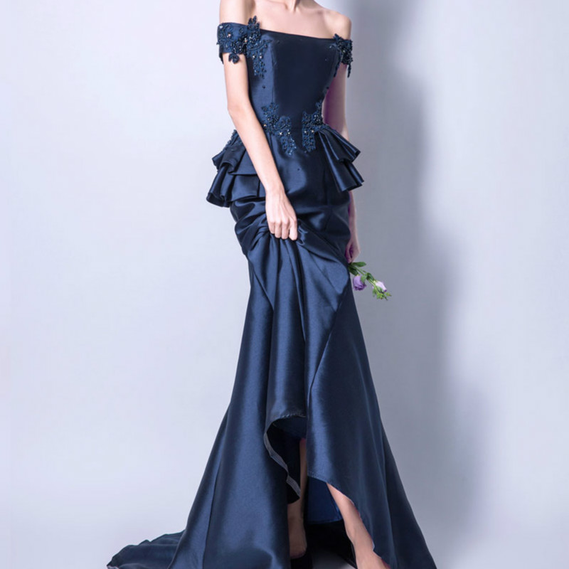 2017 New Arrival Dark Blue Boat Neck Court Train Evening Dress Robe De  Soiree Modern Elegant Classic Prom Dress Vesta De Festa-in Evening Dresses  from ... bc426a73578b