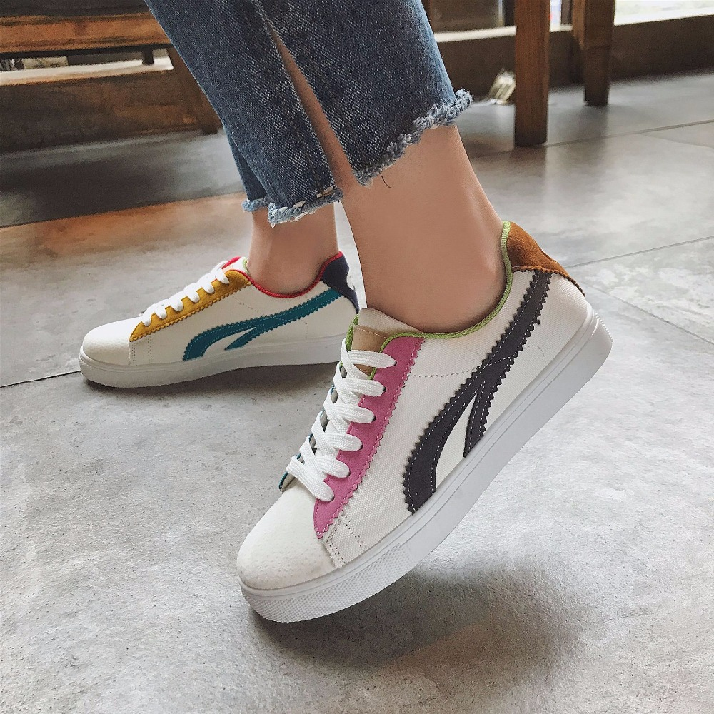 Canvas Womens Shoes 2018 Korean Casual Shoes Women White/Black Fashion With Breathable Mixed-color Canvas Ladies Flat Shoes women s shoes 2017 summer new fashion footwear women s air network flat shoes breathable comfortable casual shoes jdt103