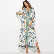 купить Sexy Print Beach Dress Cover Up Bikini Women Swimsuit Cover-up kaftan Beach Bathing Suit Beach Wear summer Swimwear Tunic Robe по цене 1041.42 рублей