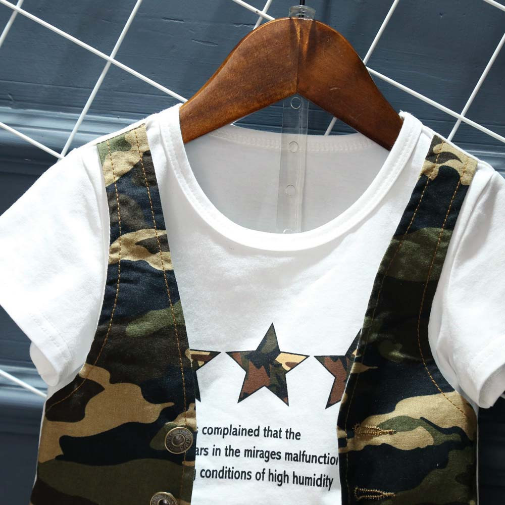 Летние комплекты одежды для маленьких мальчиков/джентльмен мальчиков камуфляж короткий рукав Полный комплект одежды из футболки и штанов ...