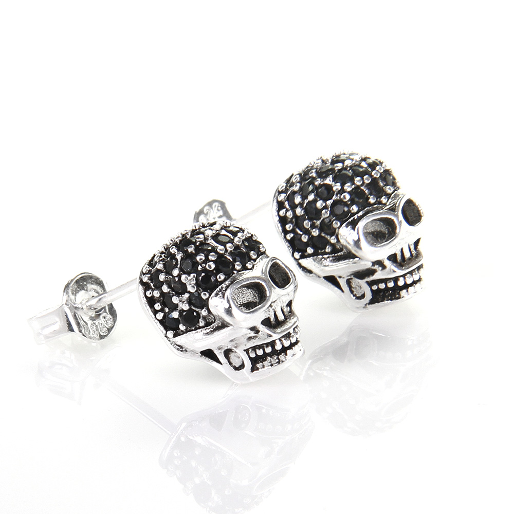 Thomas Skull with Rhinestone Stud Earring, European Rebel Heart Style Jewelry for Men and Women TS-E45