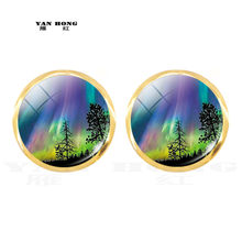 Yanhong ornaments 2019 Aurora Borealis crystal earrings and night light souvenirs are the best decorations for birthday parties.(China)
