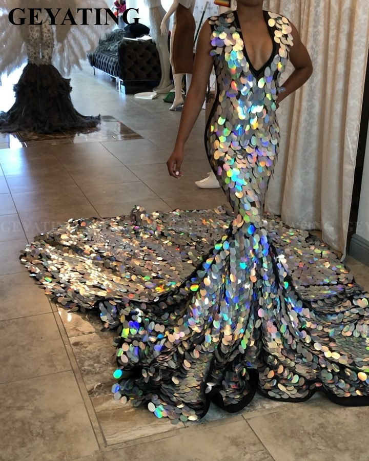 Luxury Long Train Silver Mermaid Prom Dress For Black Girls 2020 Sparkly Sequin V-Neck African Formal Evening Dresses Plus Size
