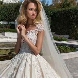 Image 5 - Vintage Vestidos Novias Boda Cap Mouw Luxe Baljurk Trouwjurk 2020 Met Sluier Robe De Mariee Princesse De Luxe gelinlik