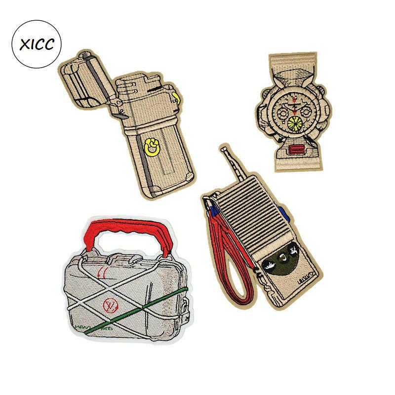 Ностальгическая модная светлая цветная коробка Зажигалка Сумочка часы Interphone Вышивка Патчи теплопередача Печать Лоскутная наклейка