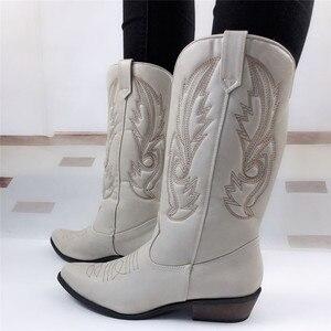 Image 3 - Top.Damet batı botları kadın sonbahar kış üzerinde kayma düz renk çizmeler sivri burun kovboy Cowgirl motosiklet botları kadın
