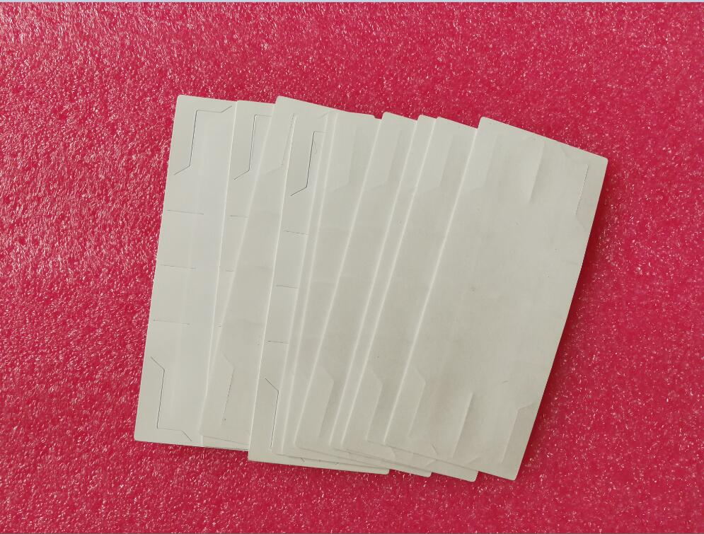 20pcs per pack 5m to 12m UHF windshild sticker tag label card for UHF RFID long range antenna reader uhf readers 18000 6b card 915 uhf long range card ic card uhf rfid paper tag sticker passive uhf paper windshied tag cheap tag