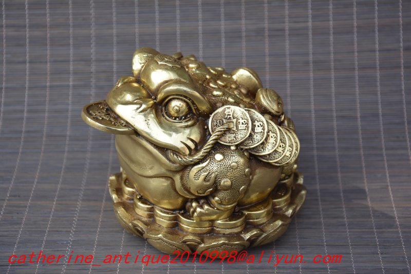 Old Ming Dynasty statue / sculpture-Coppergold toad send to money ,Carved ornaments,Handmade crafts,collection& adornment