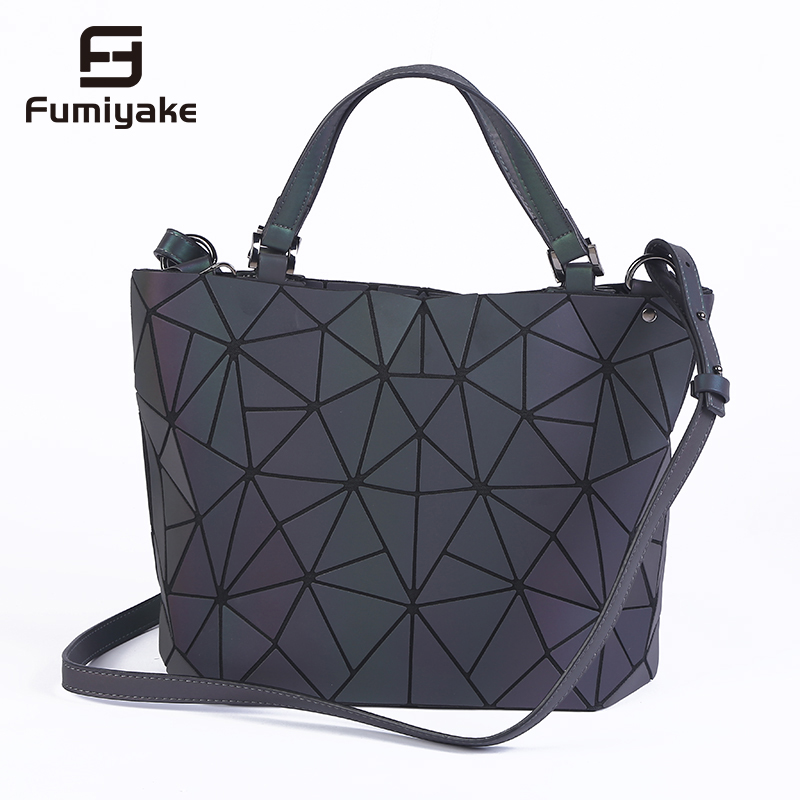2018 Bag Women Luminous Sac Briefcase Diamond Tote Geometry Quilted Shoulder Bags Laser Plain Folding Handbags Bolso