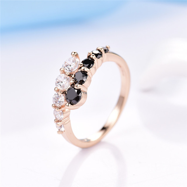 GULICX Fashion Engagement Rings For women Gold-color Mid Ring Black White Crystal Zirconia CZ Wedding Band Rings Jewelry R110