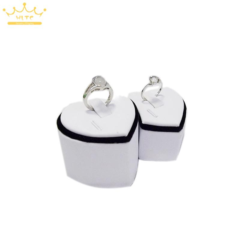 High Quality Black Velvet & White PU Leather Heart-shaped Ring Display Stand Holder Rack Portable Mannequin Jewelry Props Case