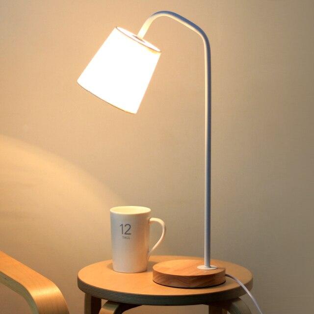 Nordic Petite LED Table Lampe En Bois Clair Tissu Rustique Style