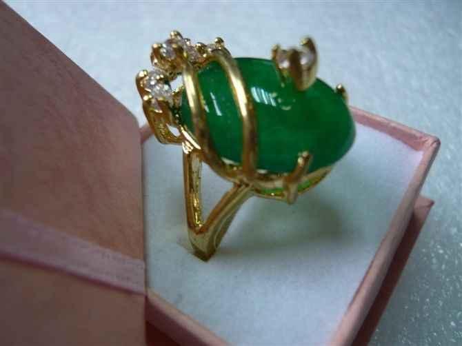 จัดส่งฟรี>>>@@ที่สวยงามและเตรียมพร้อมสีเขียวหยกแหวน18KGP (#7 8 9) #