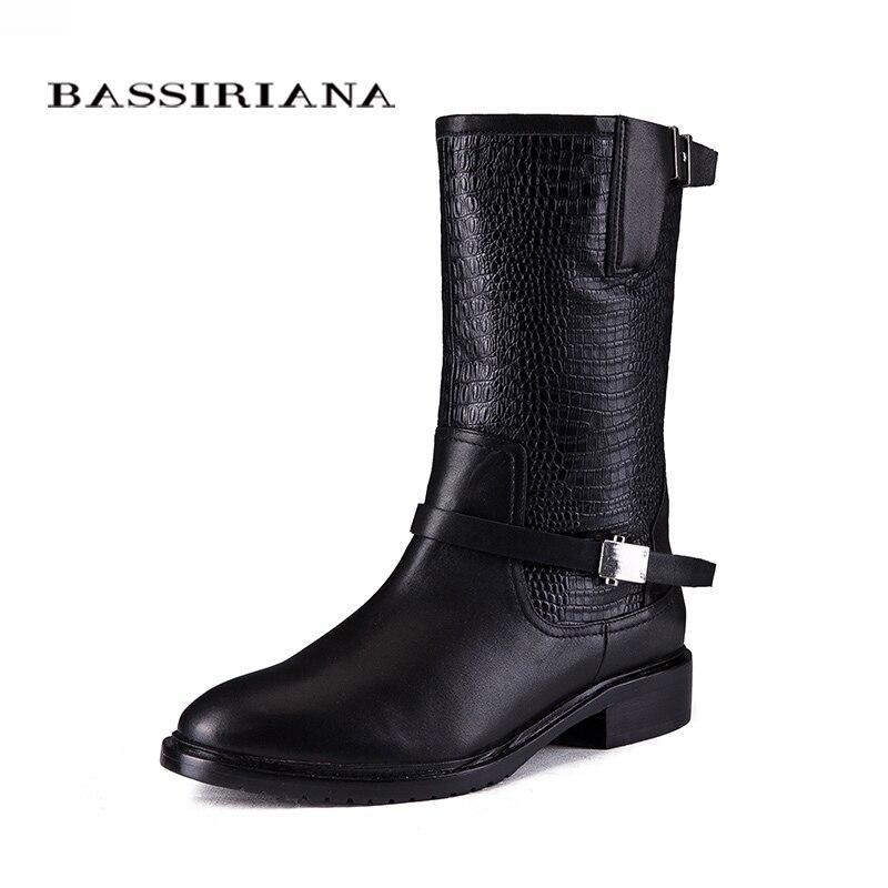 2017 جديد أحذية الشتاء مع الفراء حقيقية أحذية من الجلد امرأة أحجام كبيرة 35 40 عالية الجودة حذاء للمرأة BASSIRIANA-في أحذية منتصف ربلة الساق من أحذية على  مجموعة 1