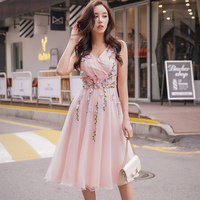 Dabuwawa V neck Sleeveless Appliques Maxi Dress Women Summer Princess Party Dress Long Swing Dresses