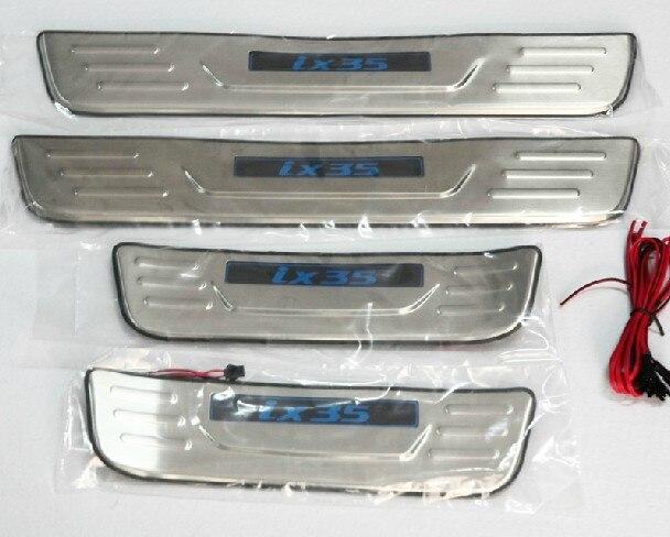 Avec Bleu LED lumière de Haute qualité en acier inoxydable Plat D'usure/Seuil De Porte Protecteur Autocollant Car Styling Pour 2010- 2012 Hyundai ix35