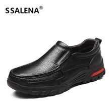 Mens Slip On Loafer Shoes Casual 2018 Genuine Leather Driving Shoes Male Warm With Fur Soft Sole Shoes Father Shoes AA30048