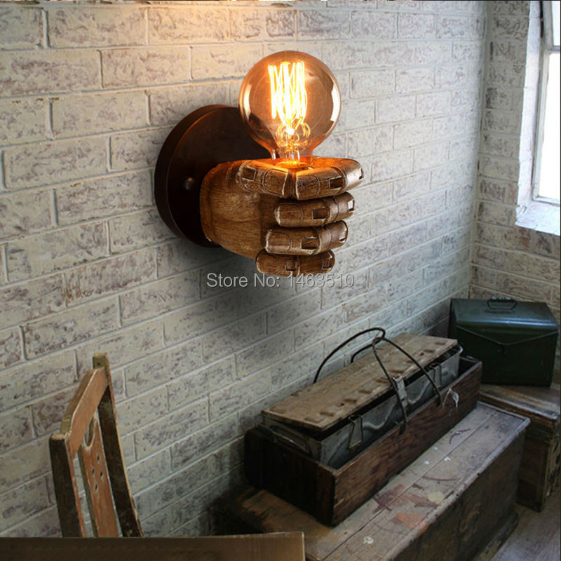 CLASSICAL RESIN FIST WALL LAMPS   AVAILABLEGIFT