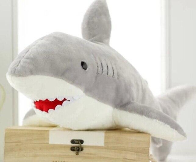 Poupée requin/oreiller créatif