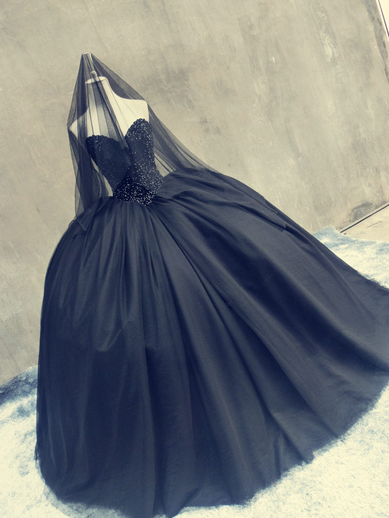 Victorian Ball Gown Sweetheart Open Back Beaded Gothic Long Bridal Black Halloween Wedding Dresses Real Picture Vestido De Noviain From: Gothic Halloween Wedding Dress At Websimilar.org