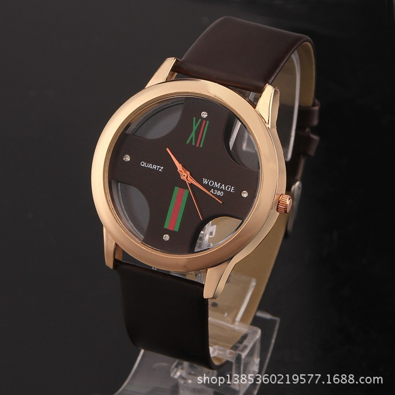 New Design Top Womage Brand Lovers Quartz Sports Watch Gift Fashion Hollow Cross Face Leather Strap Men Women Dress Wristwatches