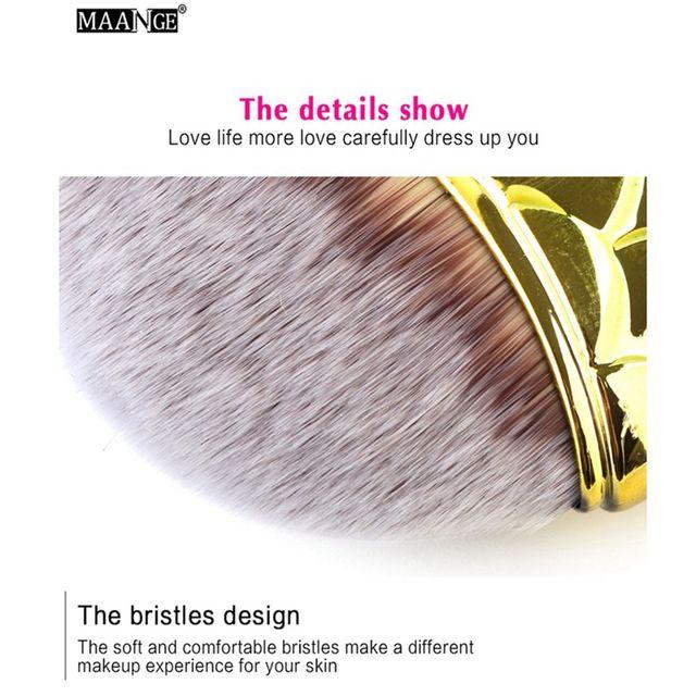 1PC New Soft Stylish Pro Mermaid Glitter Powder Blush Brushes Face Powder Foundation Cosmetic Fishtail Make Up Brush Tools Makeup Brushes