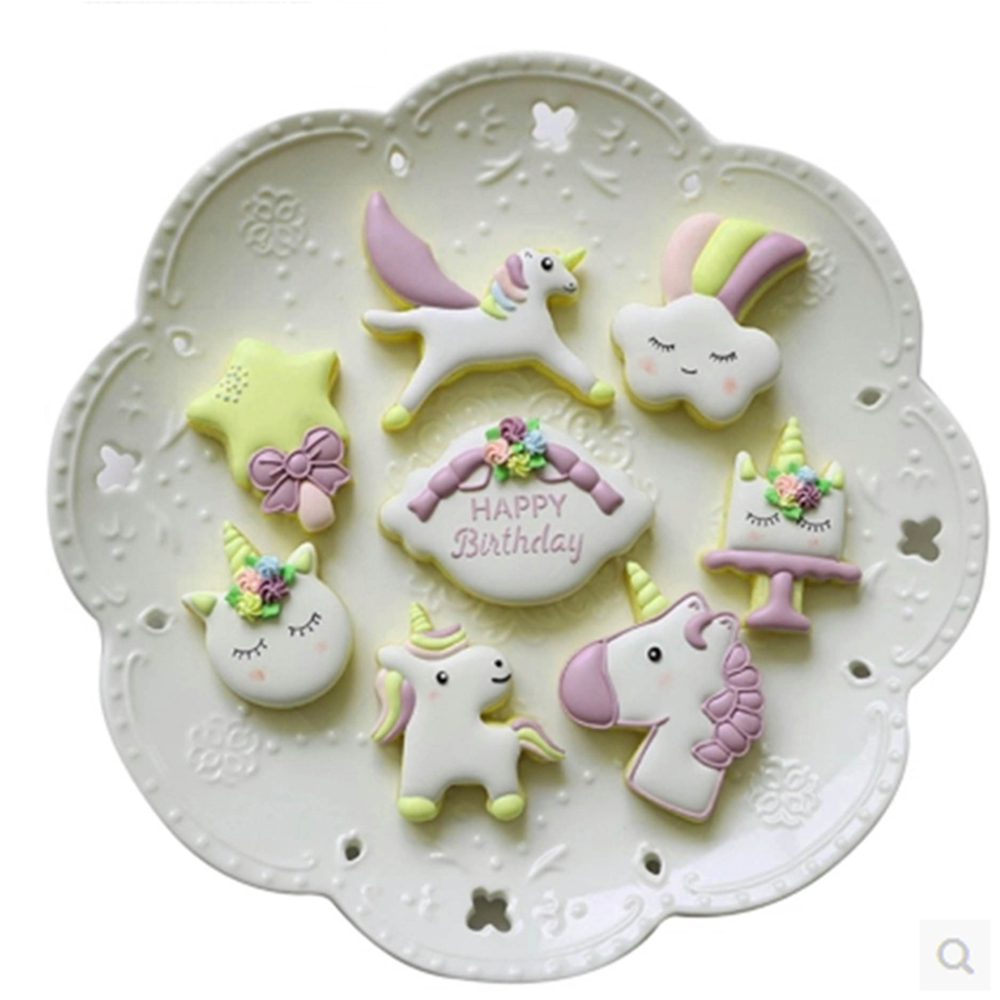 8Pcs-set-Unicorn-Horse-Cookies-Cutter-Mold-Cake-Decorating-Biscuit-Pastry-Baking-Mould-IC992843 (2)