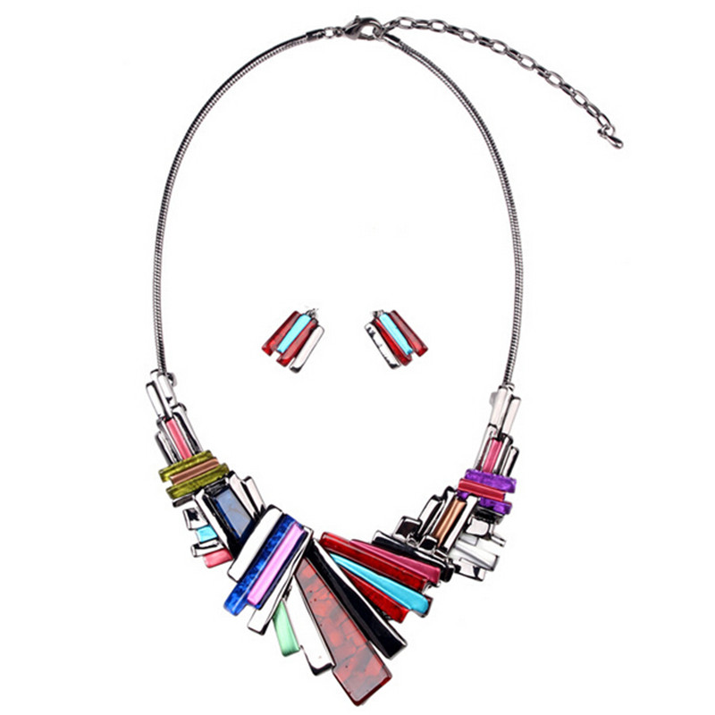 Wing Yuk Tak Promotion Top Fashion Trendy Women Acrylic Collier Collares Necklace Jewelry Pendant Statement Necklaces Wholesale