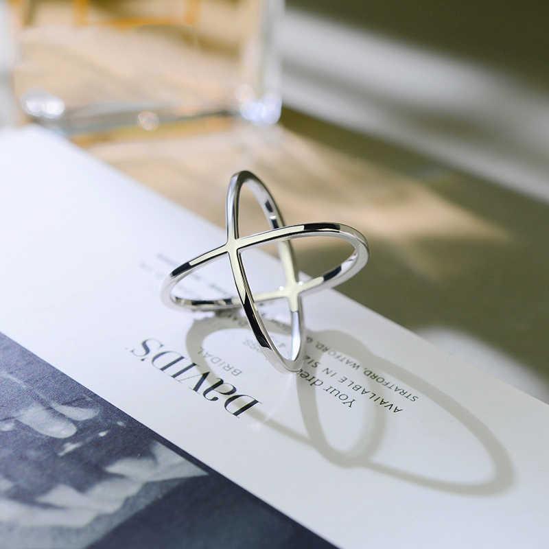 2 สี X รูป 2018 ออกแบบใหม่ล่าสุด Infinity แหวน Micro Paved CZ แฟชั่นผู้หญิงสีเงินแหวนขายส่ง