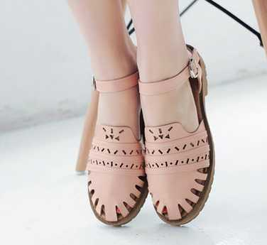 ФОТО Summer style 2016 College Style sweet female flat toe cap covering sandals flat heel cutout gladiator soft outsole female shoes