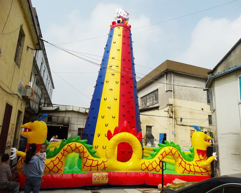 Giant playgrounds outdoor climbing inflatable maze