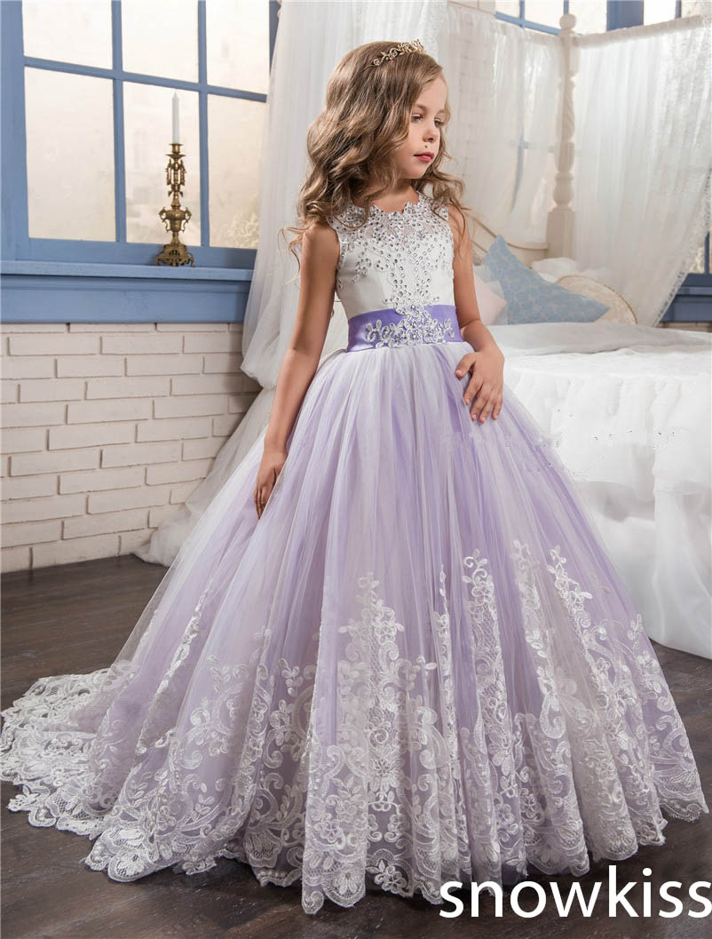 2018 elegant lavender flower girl dress for wedding with beaded crystal bow open back tulle for kids pageant dresses with train spaghetti strap chiffon open back dress
