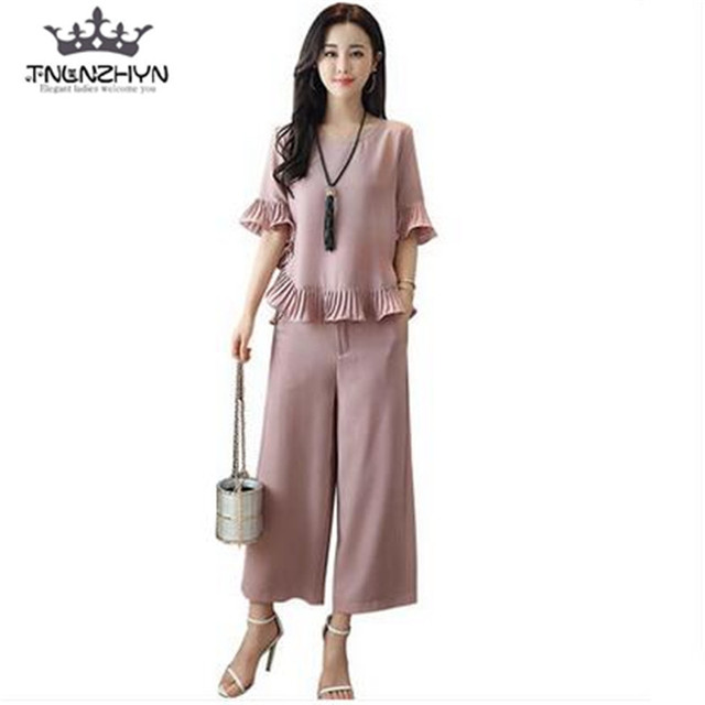 11f62035d174 tnlnzhyn 2019 Spring Summer Women Suit 2 pieces Set loose flare Sleeves Tops  + pants Sets for casual ladies Suit Sets Y285