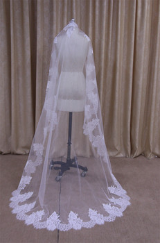 Wedding Accessories Tulle chapel Wedding Veil Lace Edge Bridal Veil with Comb veu de noiva V024