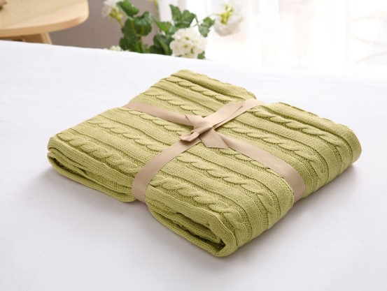 Image 3 - CAMMITEVER 100% Cotton Warm Soft Fleece Blankets Thick Plush Throw Sofa Bed Plane Plaids Solid Bedspreads Home Textile-in Blankets from Home & Garden