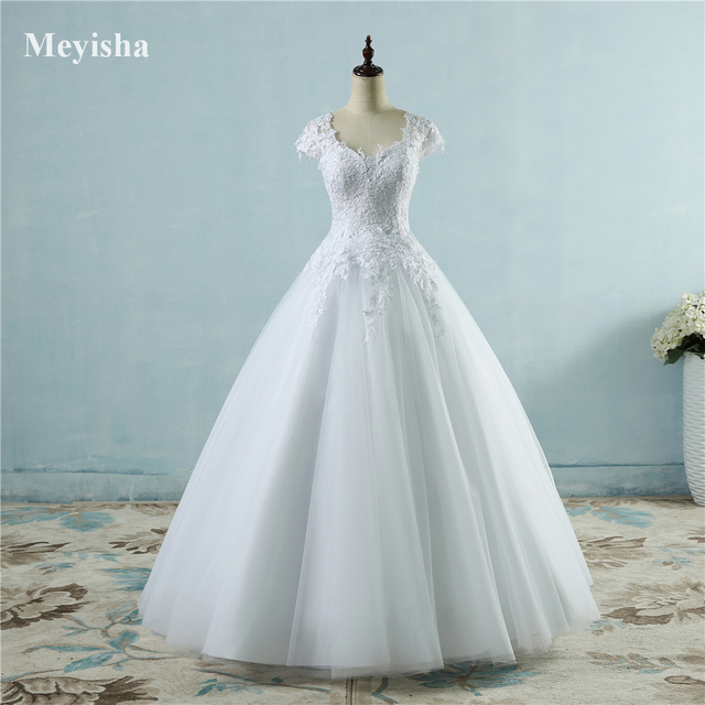 ZJ9085 lace White Ivory Short Cap Sleeve Wedding Dresses 2019 2020 for bride bridal gown Vintage plus size maxi Customer made 1