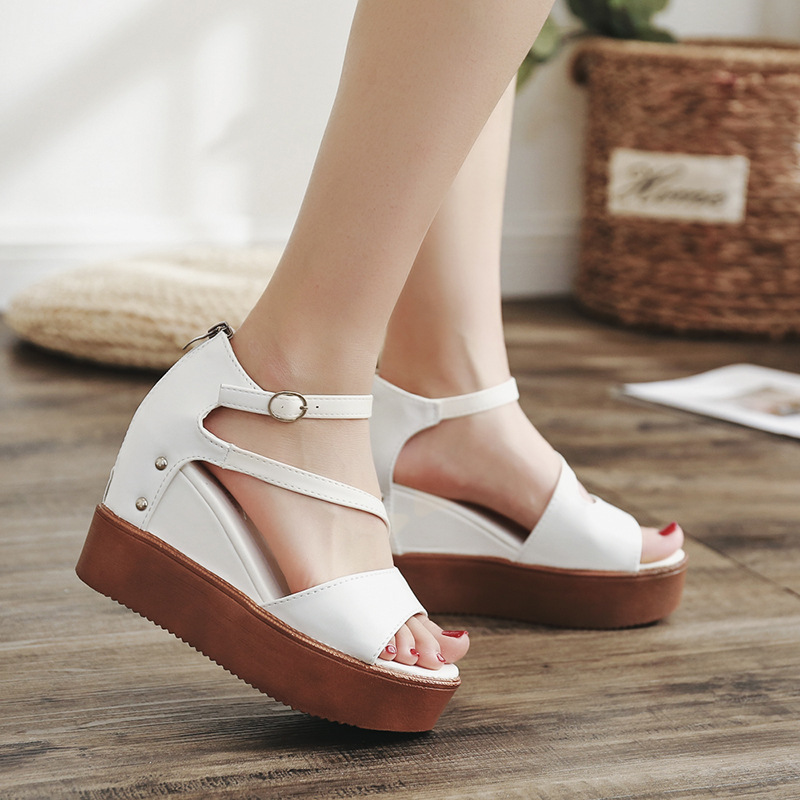 For Fashion women Clogs Sandals Flat High 2018 Striking Heel Us17 Platform 69 New Mature 28Off Wedges Summer Women In Quality Sexy Heels 5A4L3jRq