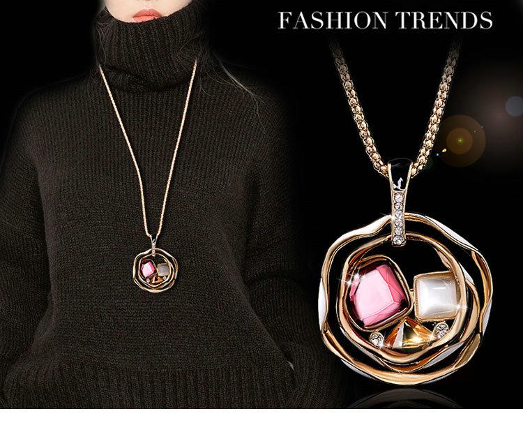 408a2cefc24d Colgante de flor Rosa hueco cristal rhinestone collar largo. Multi capa  vintage ópalo suéter cadena mujer moda joyería. Colgante tamaño  6.4 cm