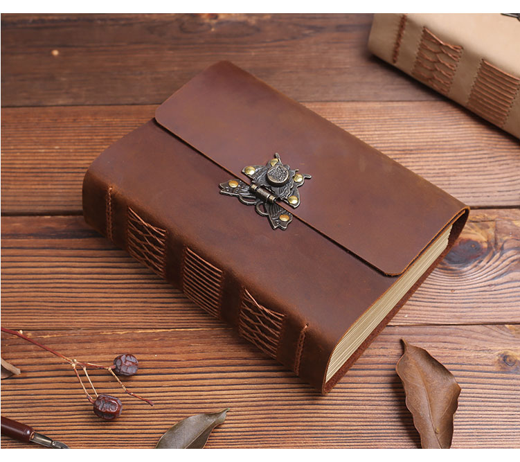 5CM super thick leather notebook butterfly buckle retro travel hand account European diary notebook line notebook stationery5CM super thick leather notebook butterfly buckle retro travel hand account European diary notebook line notebook stationery