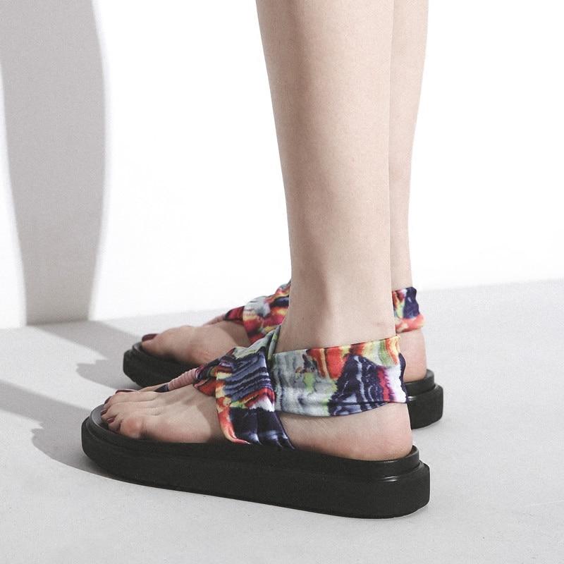 Version coréenne du 2018 nouveau string sandales femme été fond plat fée plage chaussures avec Rome chaussures rétro yoga chaussures