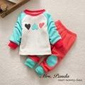 Розничная 2017 Весна стиль Детские одежда Одежда наборы Хлопка младенца Способа 2 шт. (С Длинными Рукавами + Брюки) Ребенка одежда Бесплатная Доставка